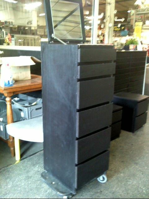 chiffonnier coiffeuse 6t wenge d 39 occasion. Black Bedroom Furniture Sets. Home Design Ideas