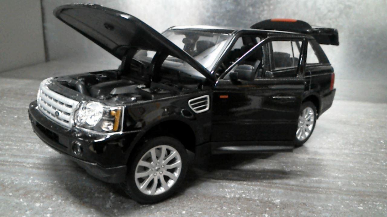 range rover sport noir 1 18eme d 39 occasion. Black Bedroom Furniture Sets. Home Design Ideas