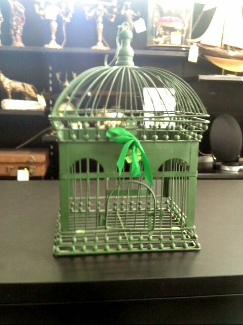 cage a oiseau deco d 39 occasion. Black Bedroom Furniture Sets. Home Design Ideas