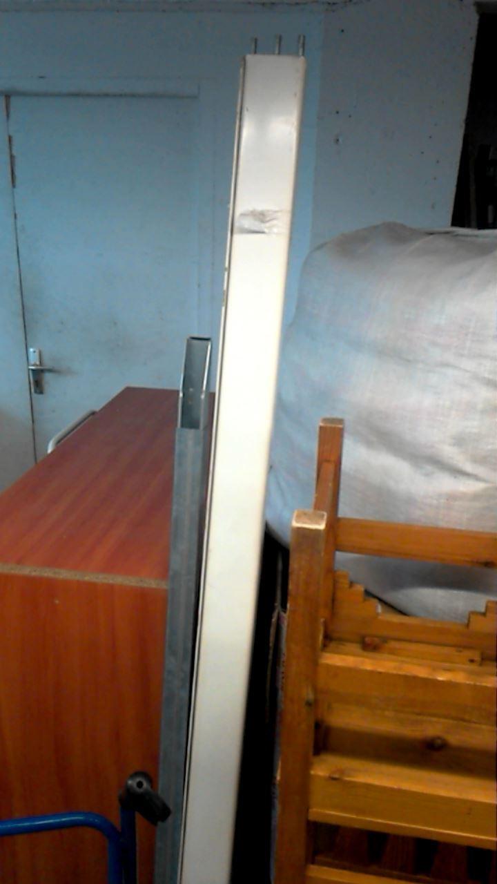 lit metal blanc d 39 occasion. Black Bedroom Furniture Sets. Home Design Ideas