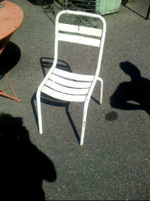 Chaise metal esprit tolix blanche d 39 occasion - Chaises tolix d occasion ...